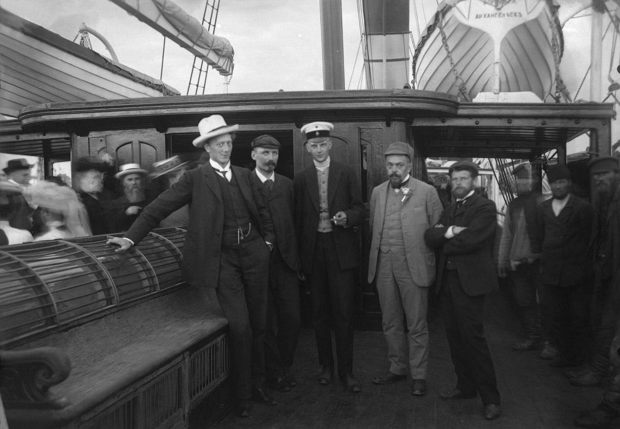 Члены экспедиции на Новую Землю на пароходе Королева Ольга в 1909 году