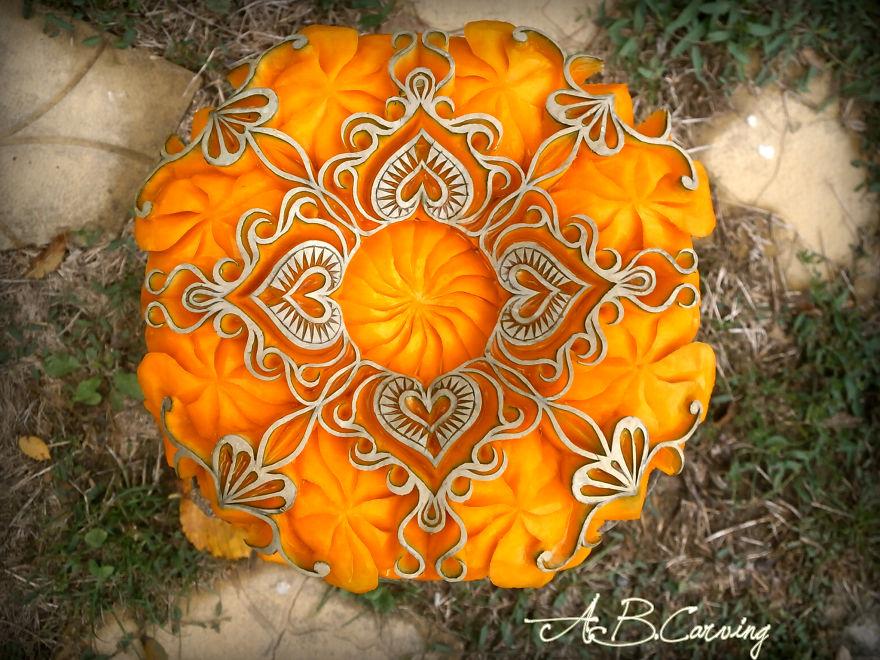 16-Alternative-Halloween-Pumpkins-carved-by-master-Angel-Boraliev-59ec66d1b061d__880.jpg