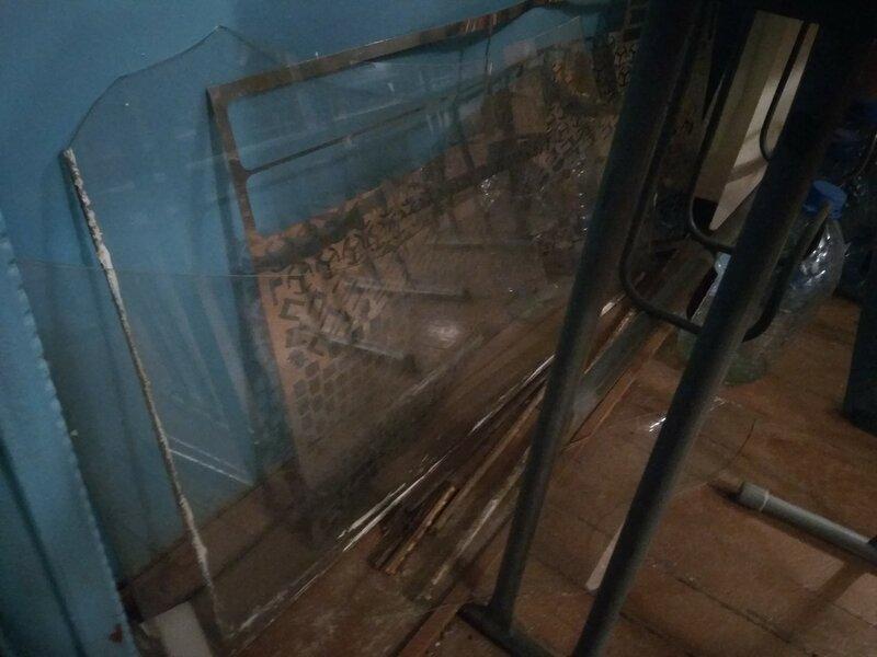 Стеклянные столик-01.jpg