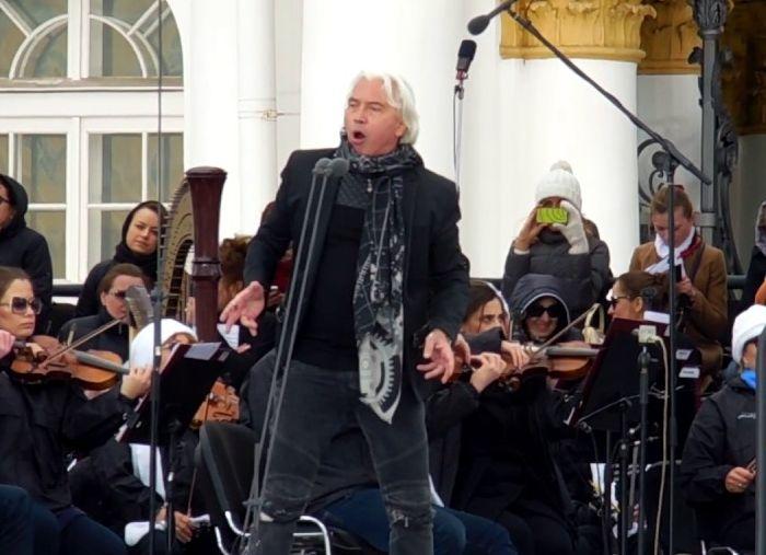 Георгий Полтавченко выразил соболезнования родным Дмитрия Хворостовского