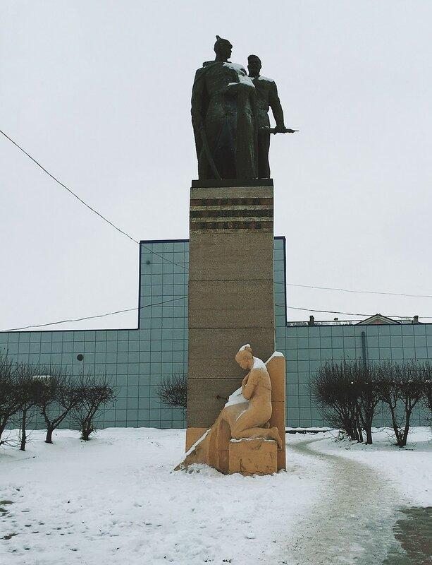 Татарск. Борцам за Советскую власть.