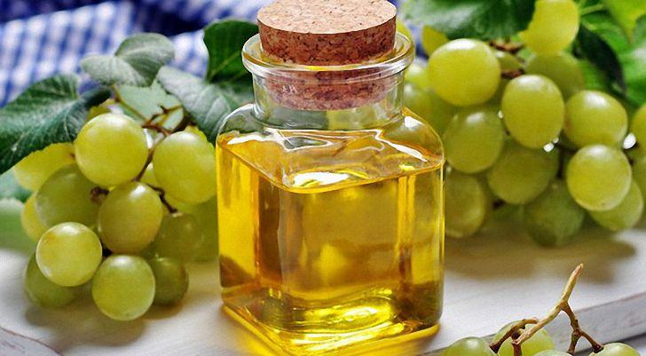 Горчичное масло  Горчичное масло содержит природные антибиотики, его используют для