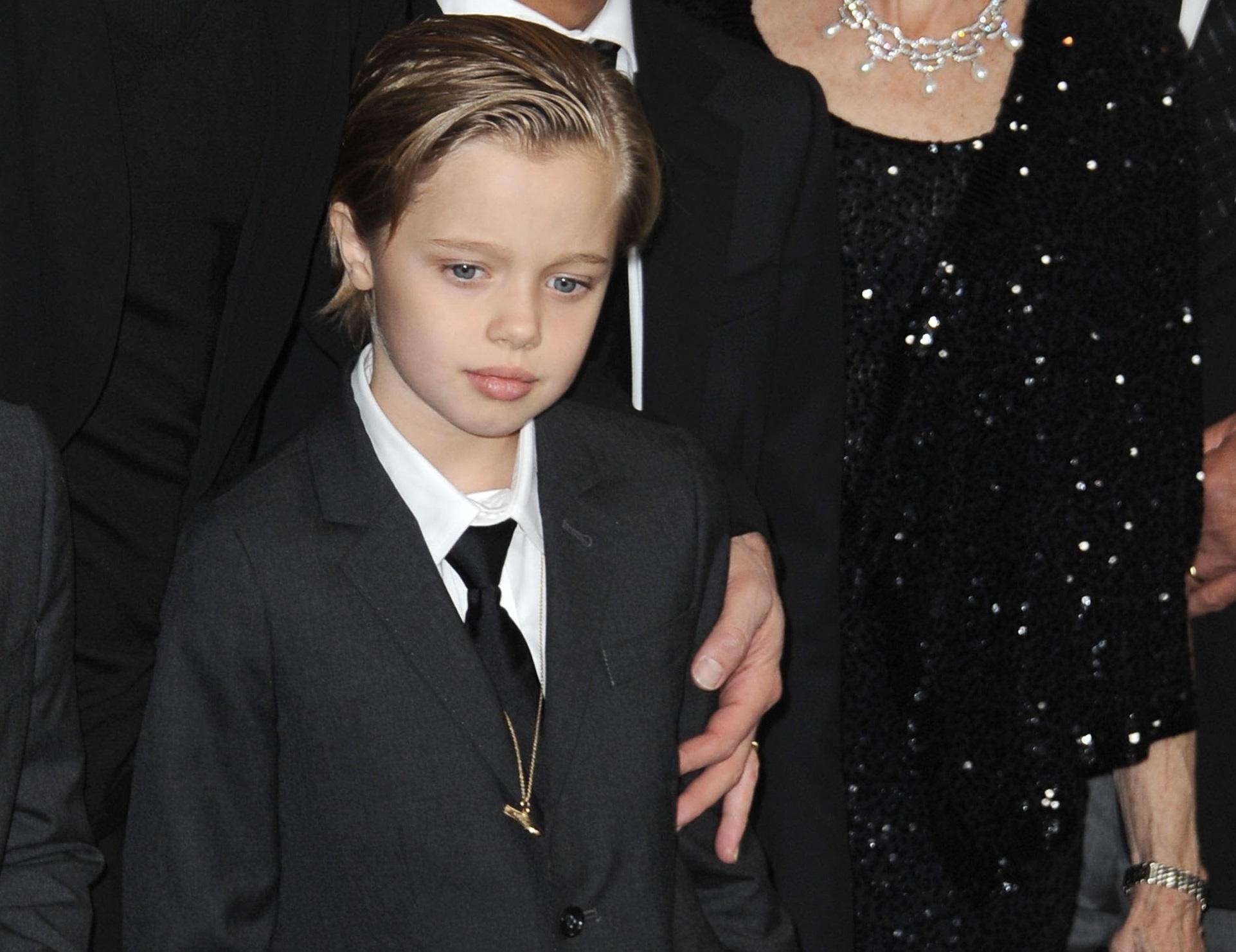 Ни Джоли, ни Питт не запрещали ребёнку самостоятельно выбирать свой пол и жить так, как хочется. Сам