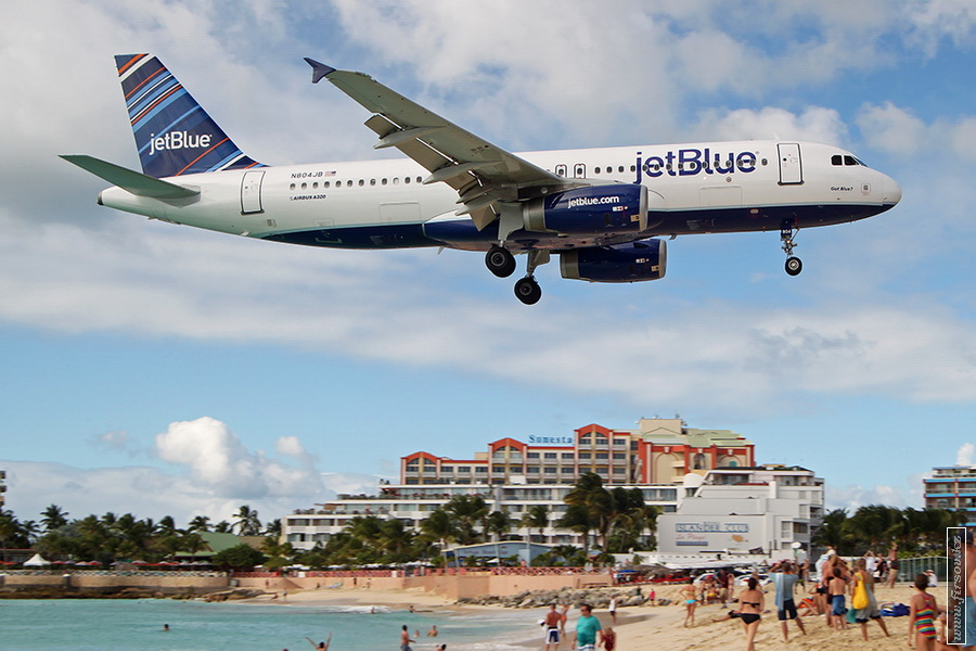A-320_N804JB_JetBlue_Airways_1_SXM_for_zps20782ce8.JPG