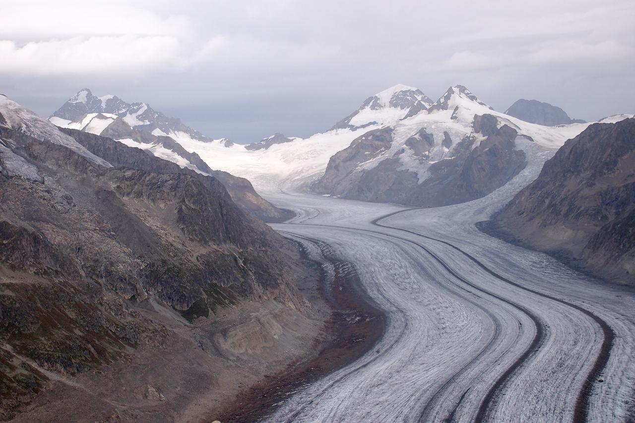 Швейцарские Альпы пешком и на общественном транспорте