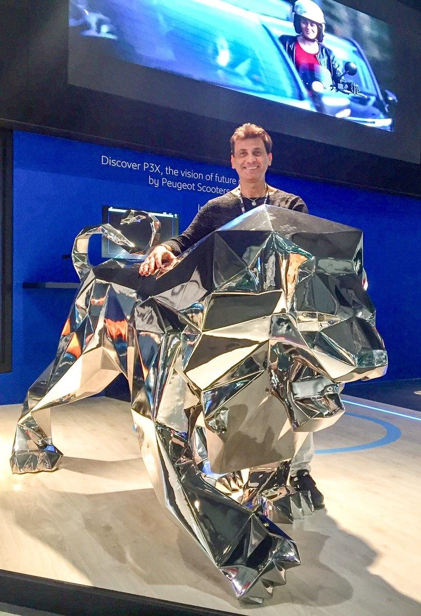 Концепт электротрицикла Peugeot P3X представили на EICMA 2017