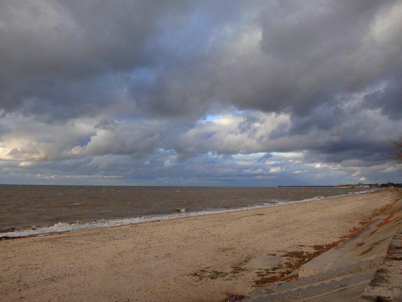 На пляжах пустынных ... На финише октября, в городе у моря Азовского. (41).JPG