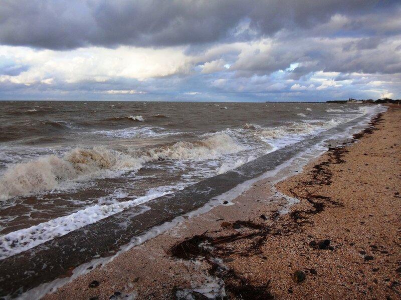 Грозно волны в берег шли ... На финише октября, в городе у моря Азовского. (52).JPG