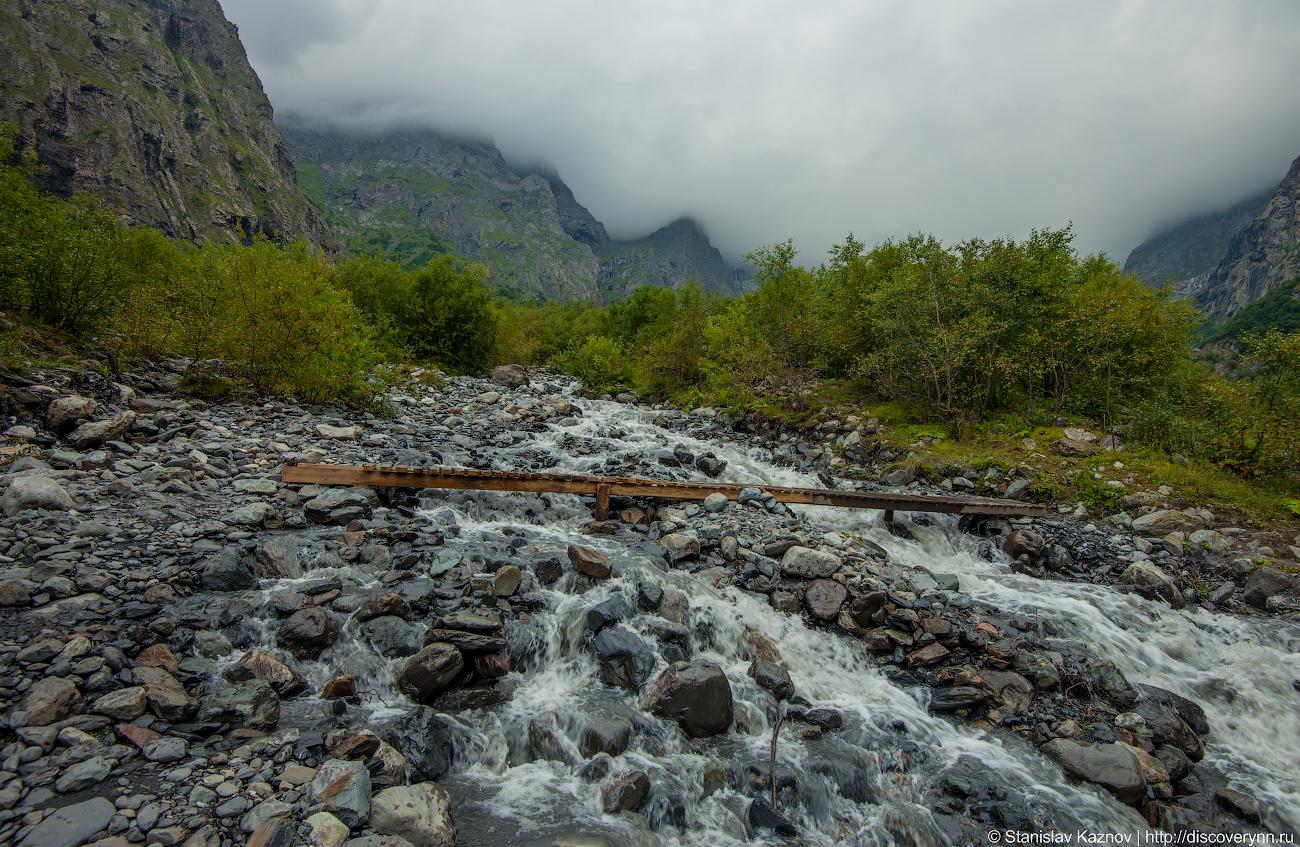 Мидаграбинские водопады водопады, Мидаграбинские, водопад, былорешено, подножью, облачности, вечер, чтобы, Даргавс, Рассмотрели, солнца, захода, опоздать, низкой, ввиду, радует, следующий, погоду, облачную, камни