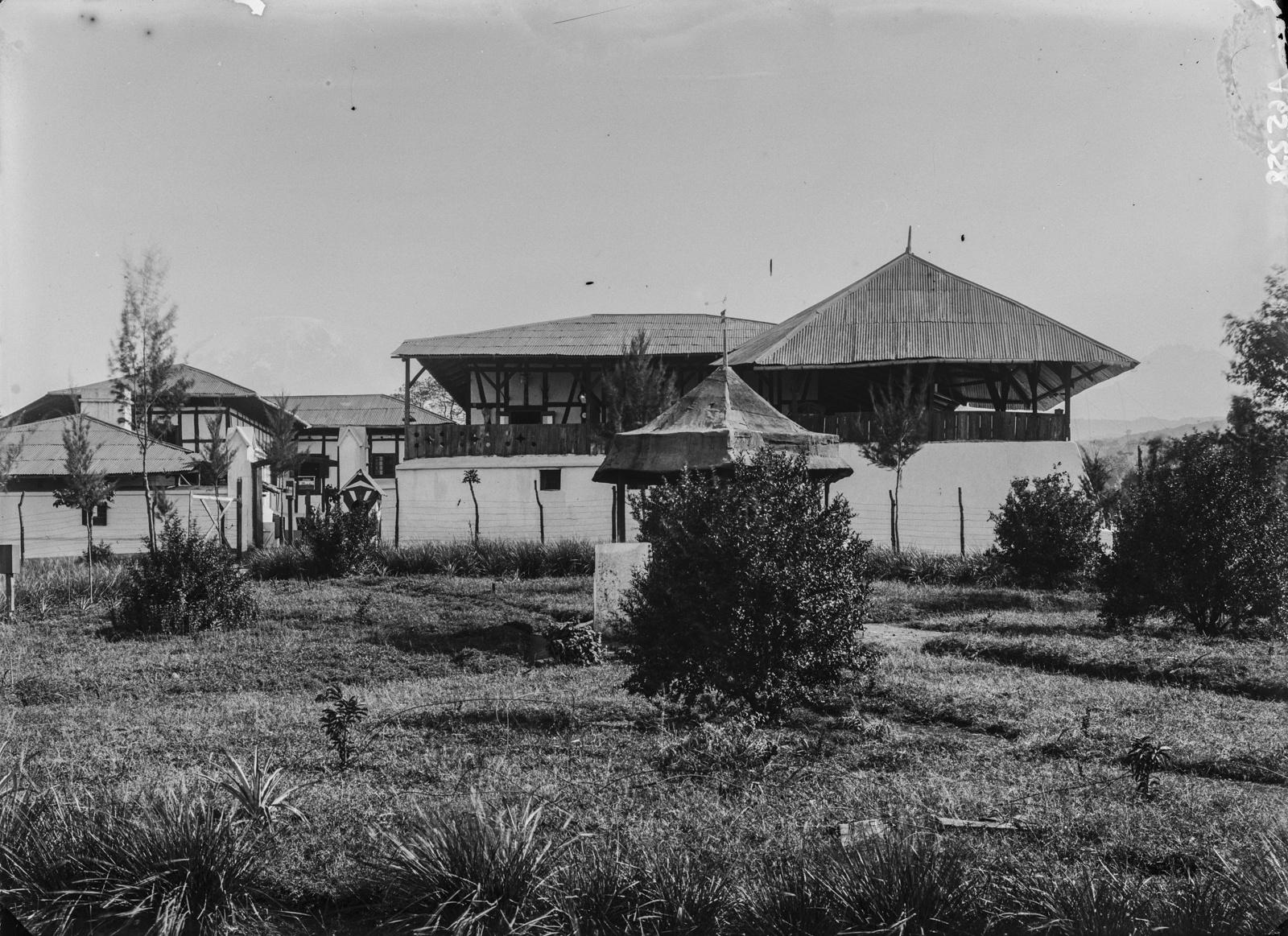287. Станция немецкого общества Восточной Африки (ДОАГ)  в Моши