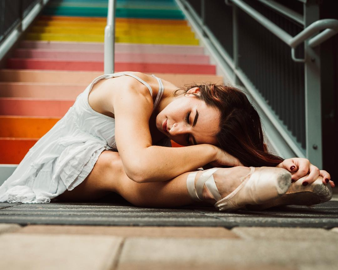 Красочные и яркие портреты Валери Кроусон