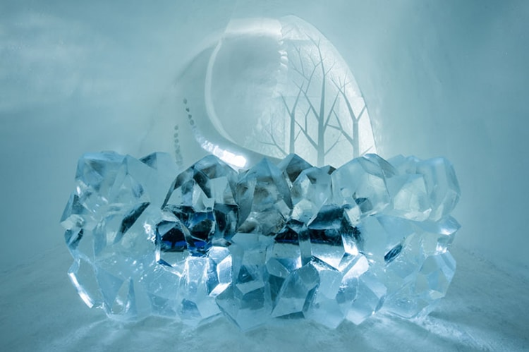 ice-hotel-sweden-15.jpg