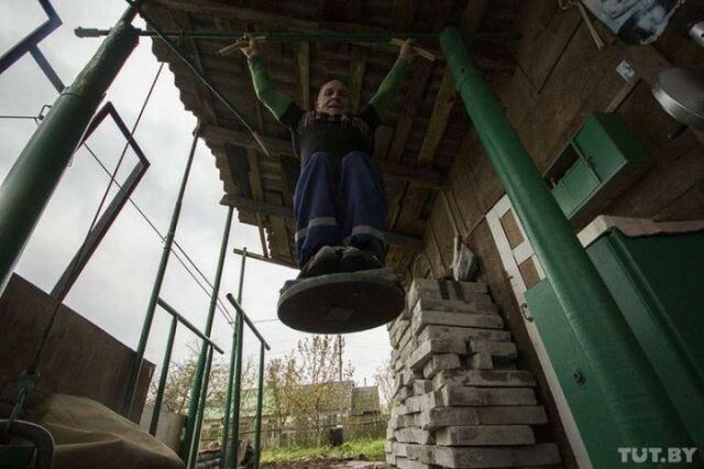 0 17a74b db186164 XL - Культурист в 70 лет: реальные фото белорусского деда