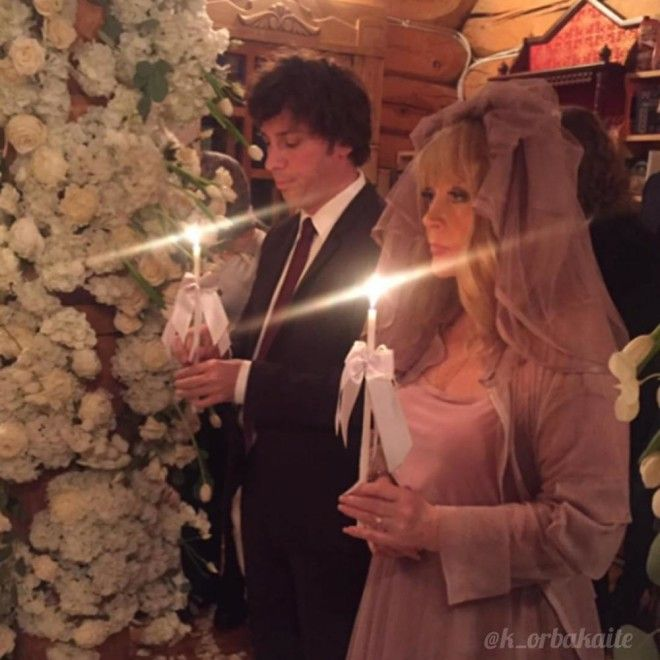 Своими впечатлениями и поздравлениями поделился и близкий друг семьи Игорь Николаев:
