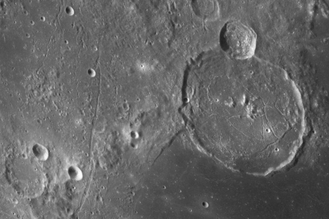Watch every crater on the moon with this 100-megapixel photo!