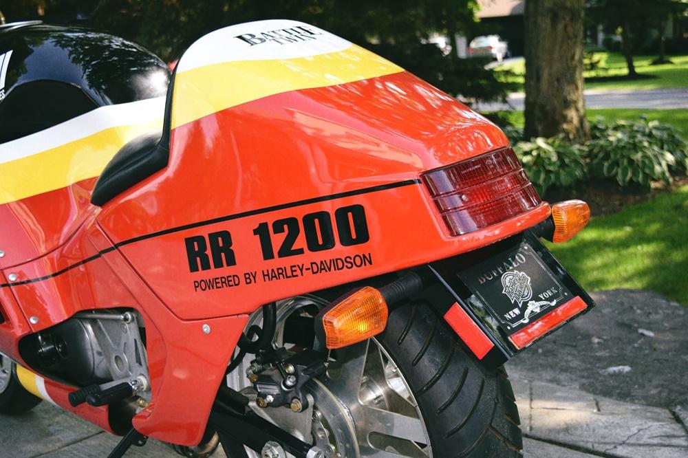 Спортбайк Buell RR1200 Battletwin 1988