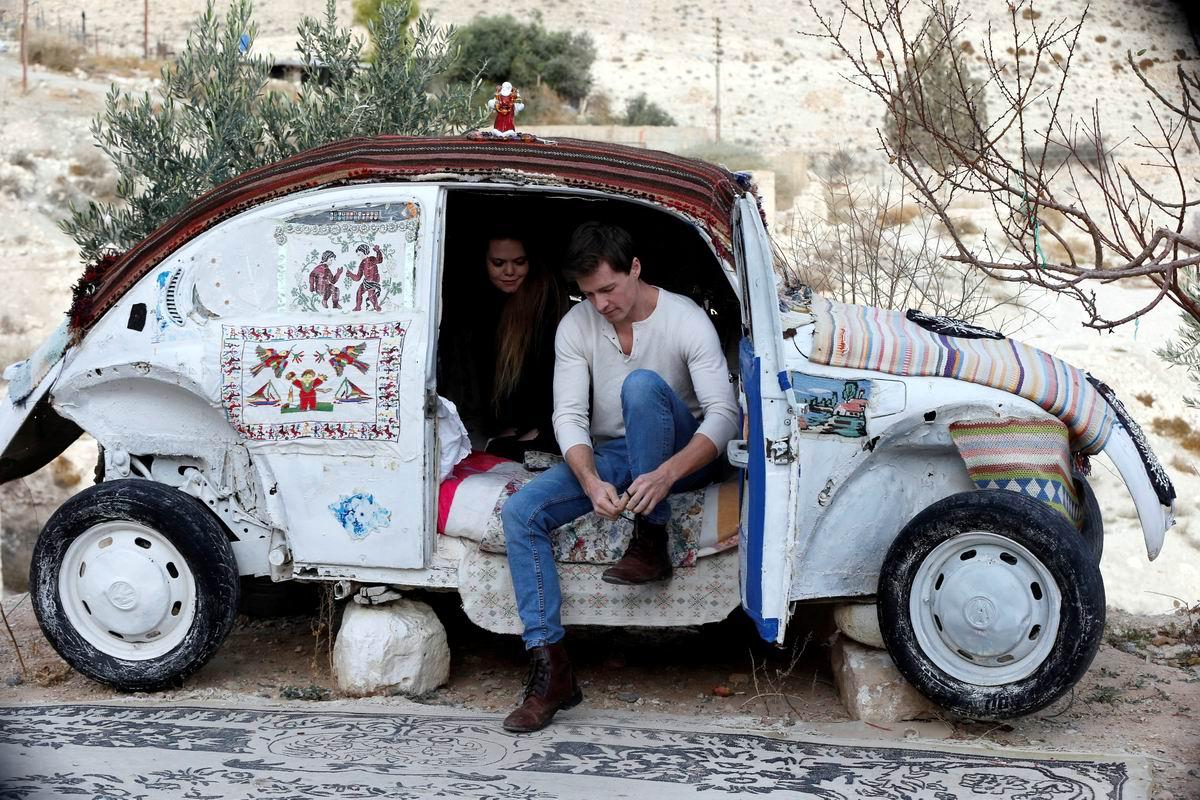 Добро пожаловать в наши апартаменты!: Самый маленький иорданский отель на колесах