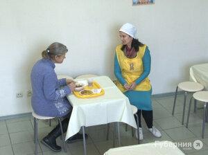 Бесплатная столовая открылась в Хабаровске. Но кто поможет нуждающимся в других крупных городах Дальнего Востока?
