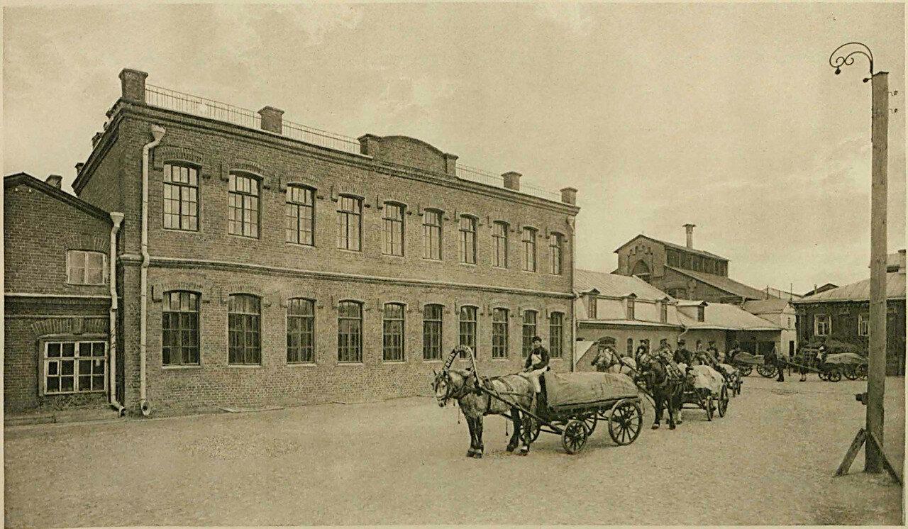678530 Наружный вид здания выработки воды  (Шаболовский завод _Карнеев, Горшанов и К°_).jpg