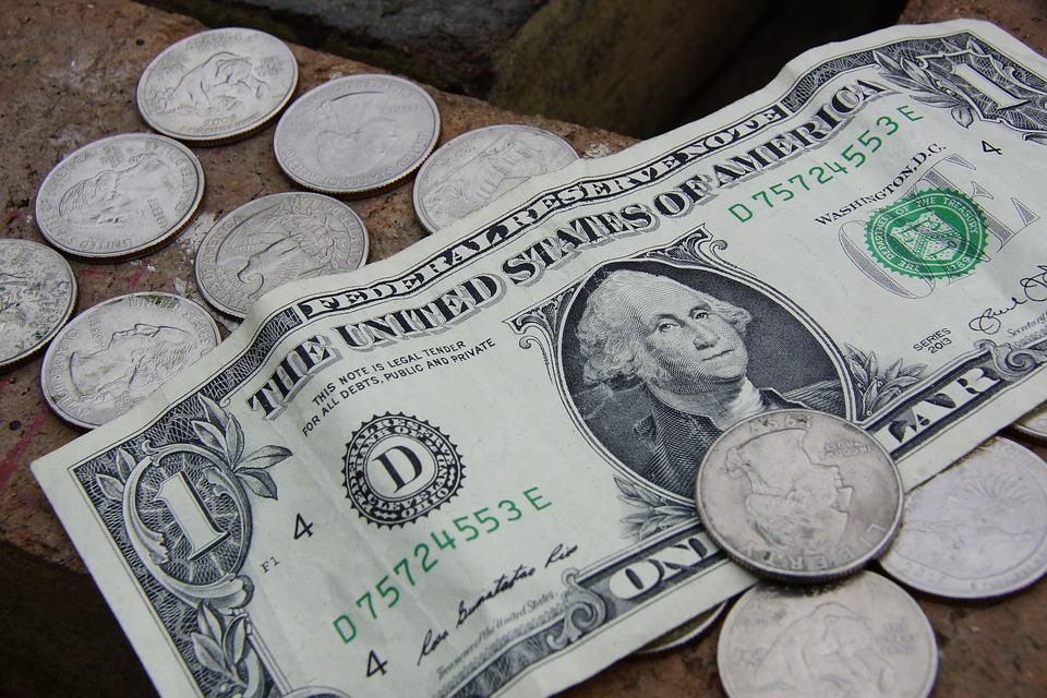 Хотите узнать как будет падать рубль, посмотрите на эти акции....jpg
