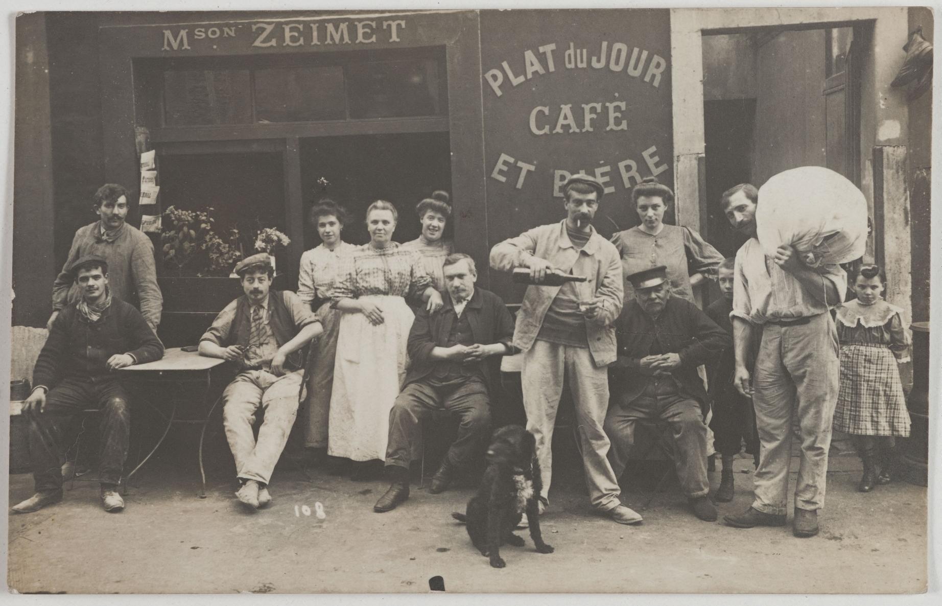 1910-1912. Кафе. Дом Зейме, 23, rue Chaudron (10-й округ). Сейчас на этом месте ничего действующего нет