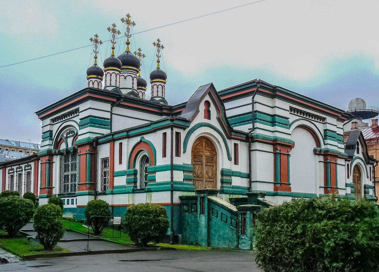 irina-fortuna-Rozhdestvensky-Convent 02.jpg