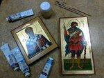 Икона является неотъемлемой частью православной традиции. Без икон невозможно представить себе православный храм. В доме каждого православного человека иконы всегда занимают видное место