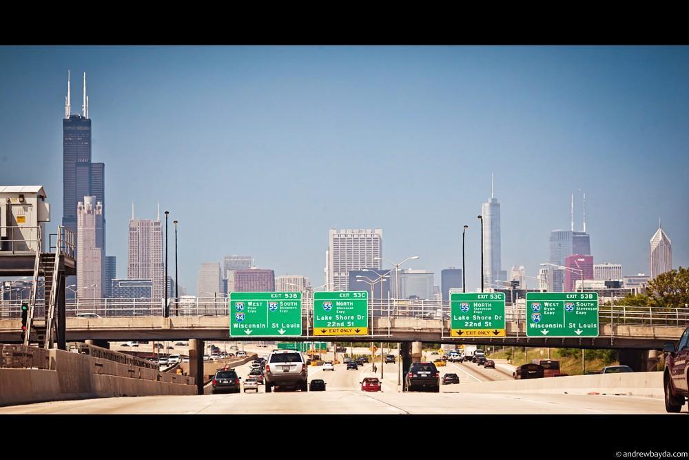 Дальше нас ждал Чикаго. Вечный соперник Нью-Йорка с его джазом, четкими линиями и небоскребами.
