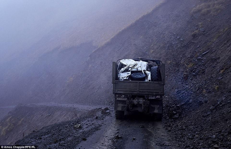 За время, необходимое, чтобы преодолеть перевал Абано, погода может сильно поменяться. Каждый год лю