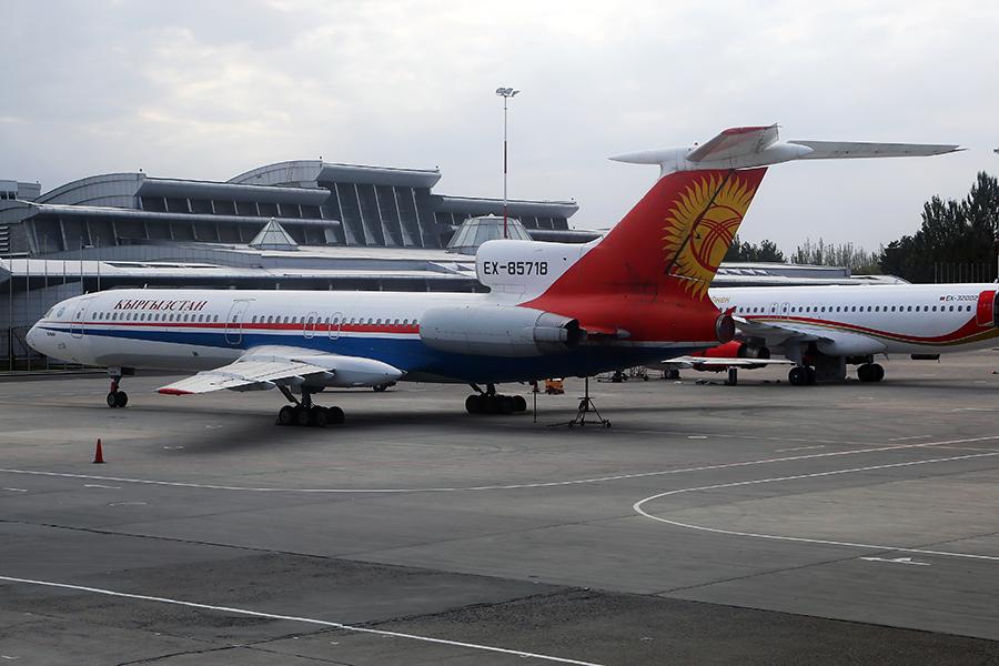 Tu-154_EX-85718_Kyrgyzstan_Airlines_1_FRU.JPG