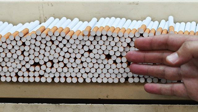 В Госдуме предложили сократить рабочую неделю для некурящих на пять часов