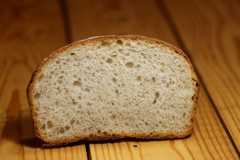 """Хлеб с жареным чесноком методом """"старого теста"""""""