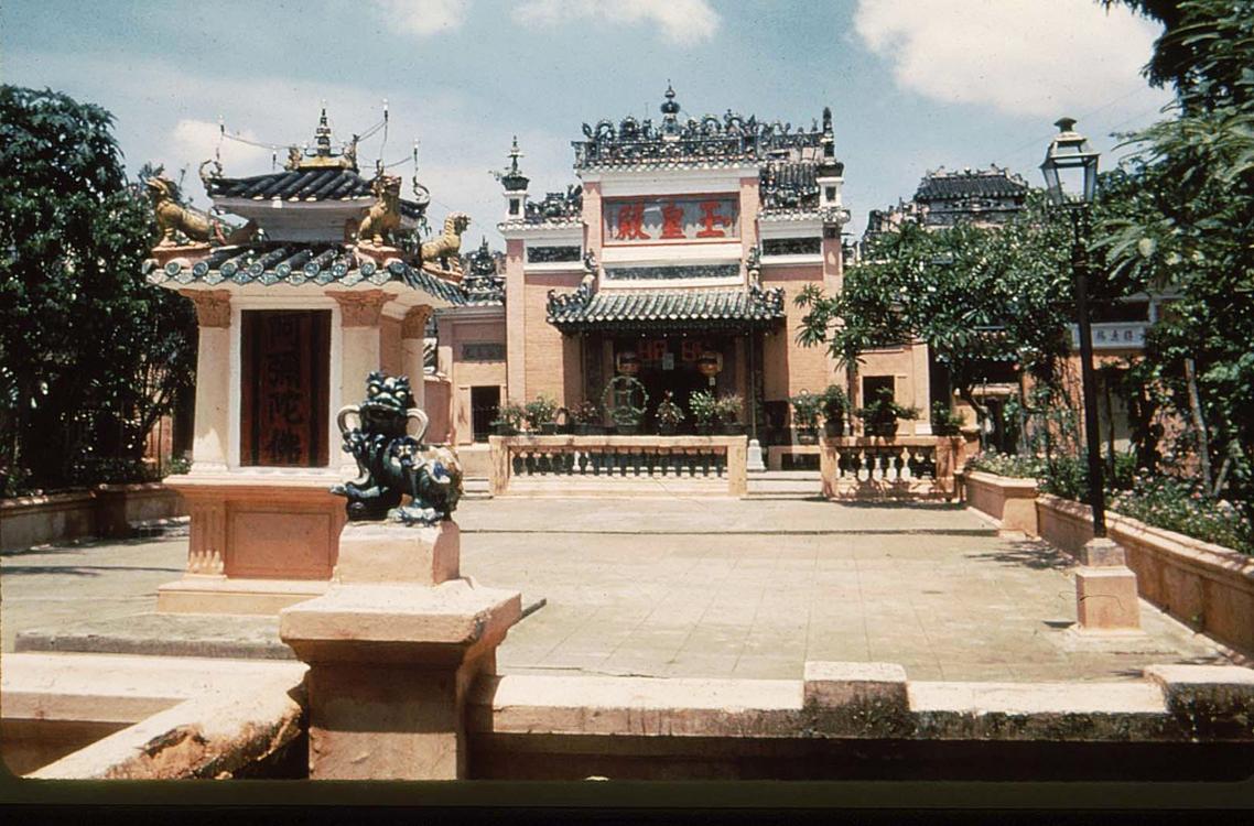 25. Храм Нгок Хоанг Дакао