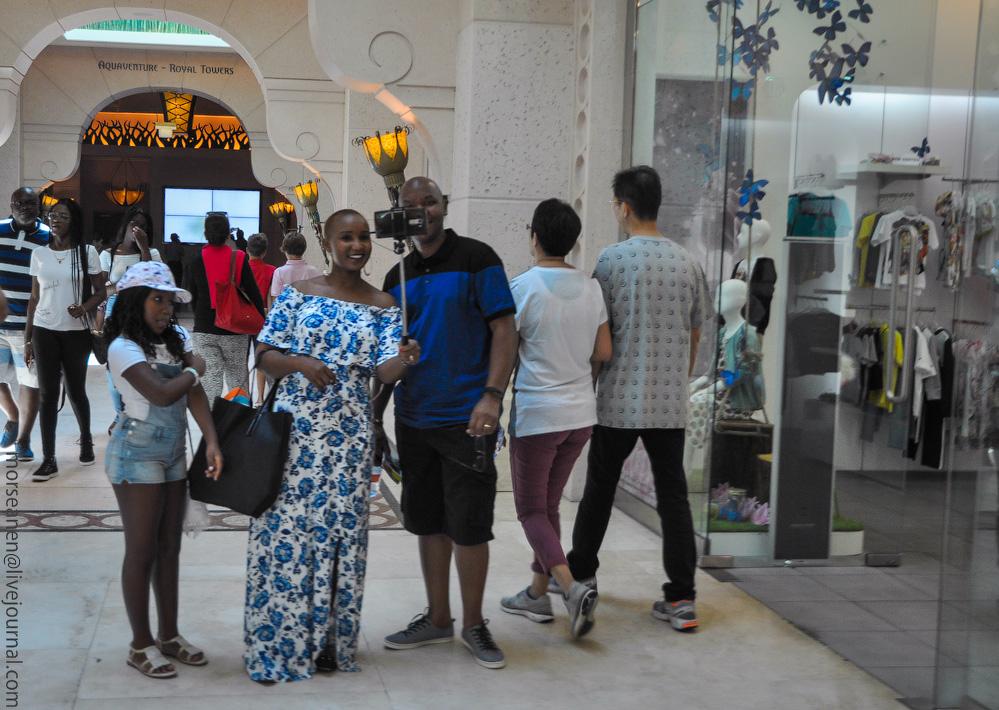 Dubai-People-(24).jpg
