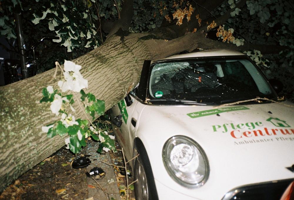 Берлинские тусовки на снимках Спироса Реннта