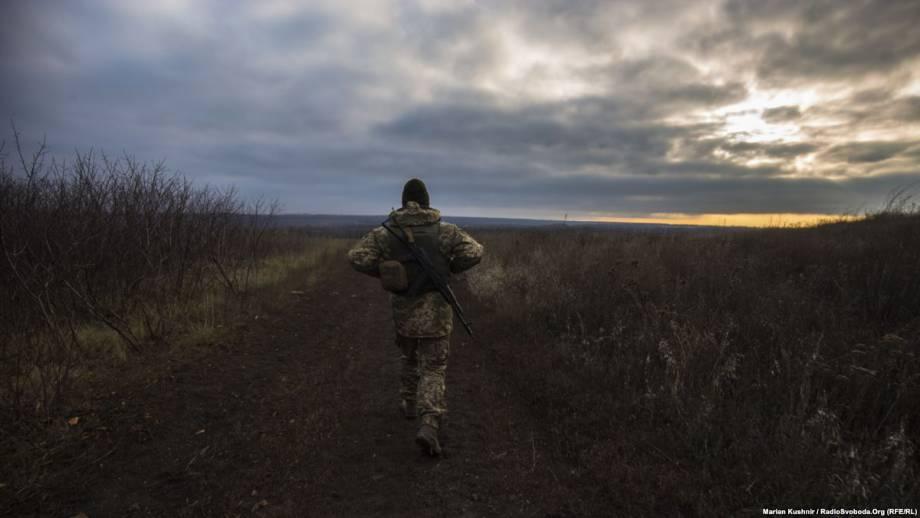 На луганском фронте без перемен: российские силы обстреливают украинские позиции