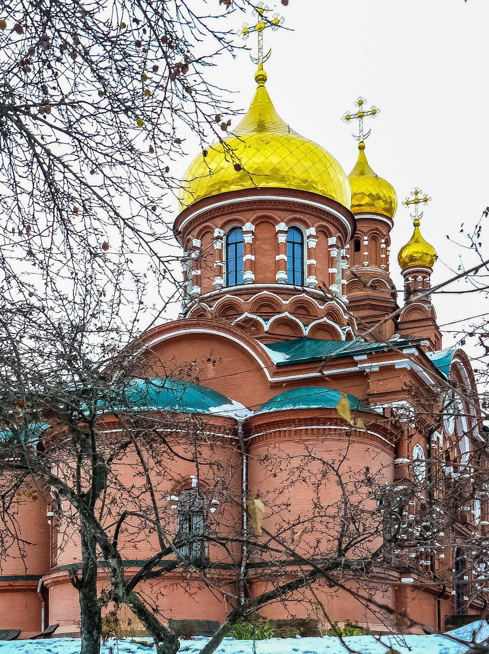 irina-fortuna-alekseevsky-monastery 01.jpg