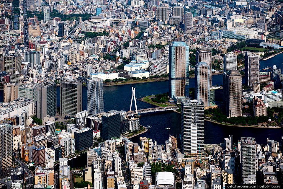 54. Центр политической жизни Японии — комплекс зданий парламента страны в районе Тиёда.