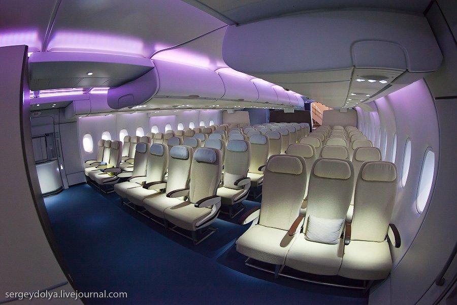 самый большой самолет в мире фото салона точка это место