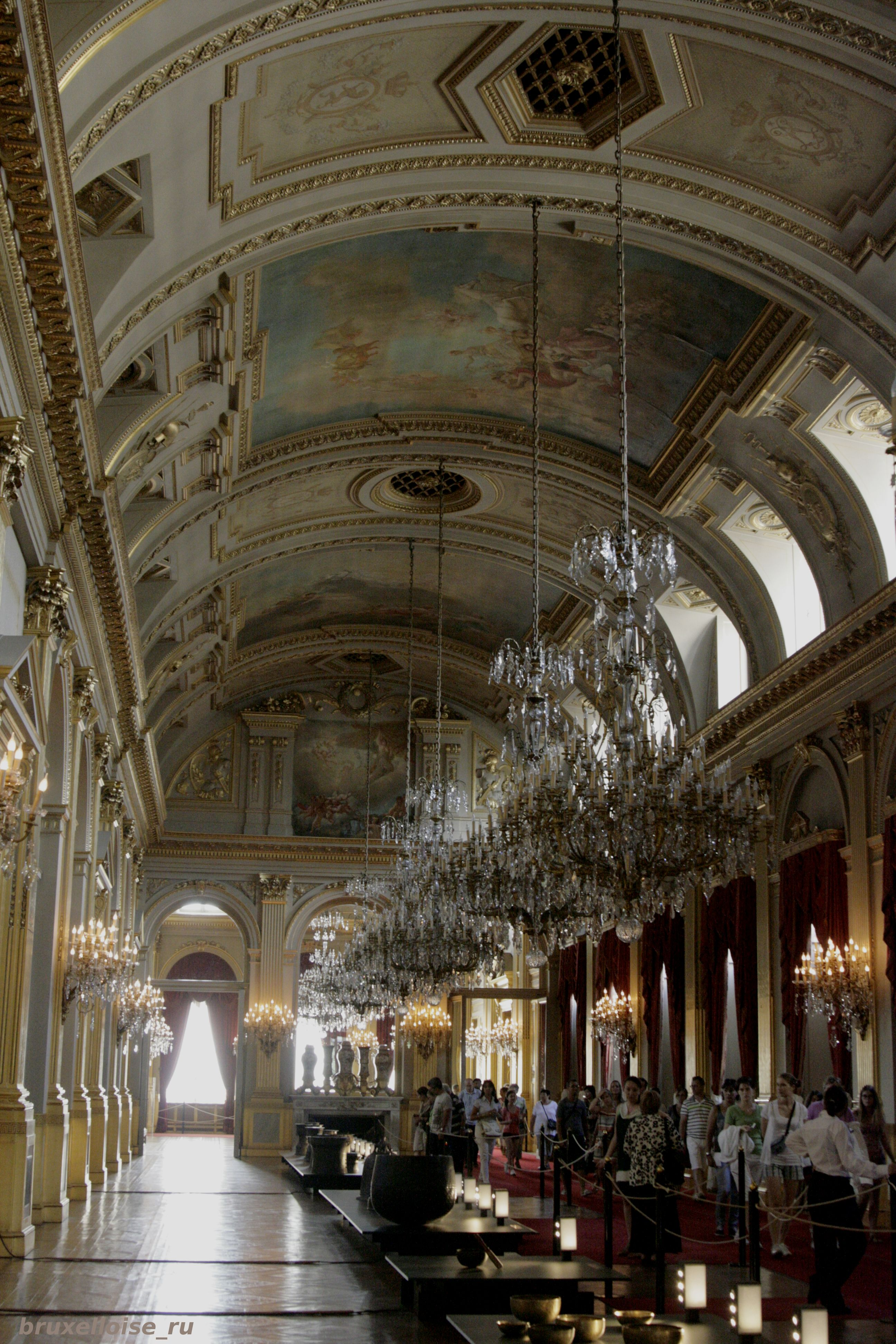 Royal Palace: interiors. Palace, Leopold, now, Dutch, Salon, Belgians, public, palace, interiors, portraits, end, death, king, only, XVIII, first, queens, salon, Brussels, parents