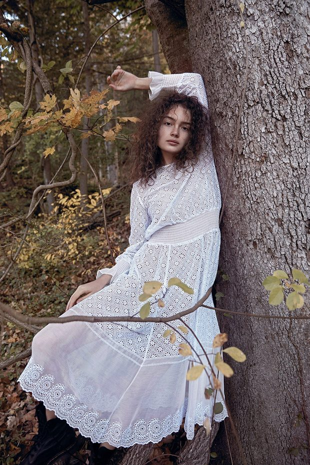 Sasha Kichigina Stars in Summerwinter Homme November 2017 Issue (32 pics)