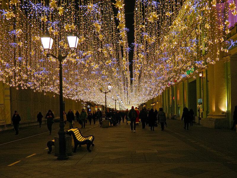 новогоднее украшение улиц москвы фото добраться водопада белые