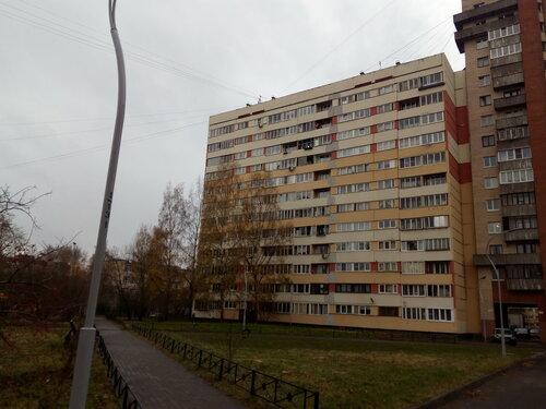 пр. Маршала Жукова 30к2, парадные 1-2
