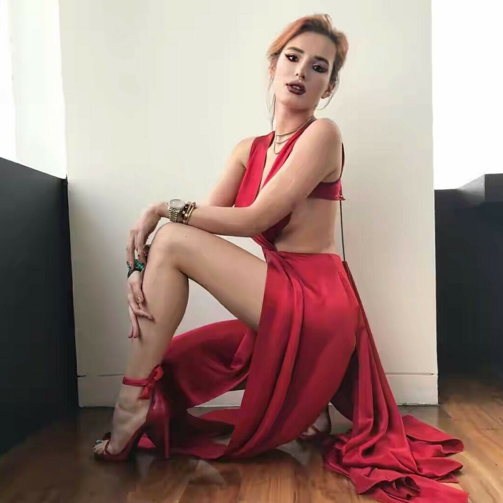 bella-thorne-photoshoot-mexico-city-october-2017-6.jpg