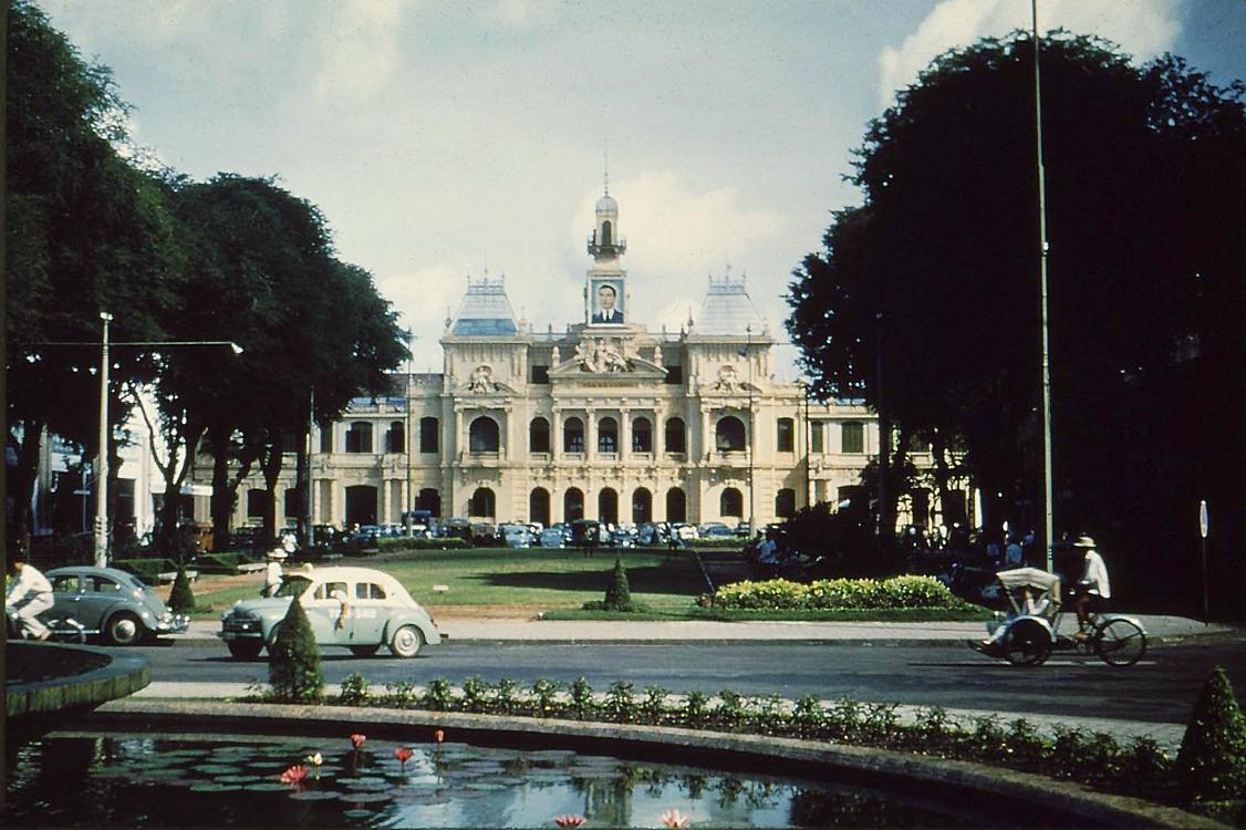 05. Городская ратуша
