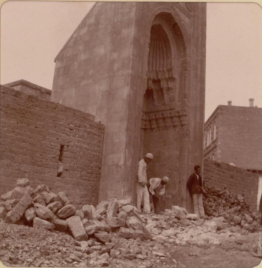 08. Баку. Развалины в крепости