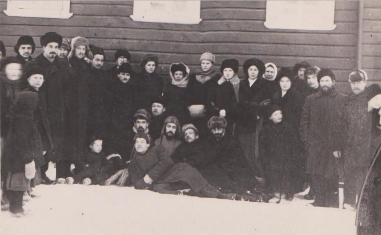 Проводы окончивших ссылку 1910-1912