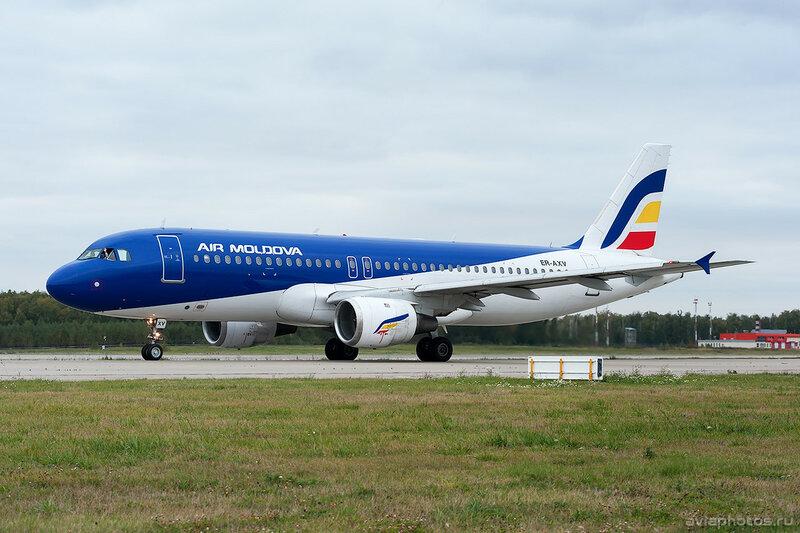 Airbus A320-211 (ER-AXV) Air Moldova 0310_D706604