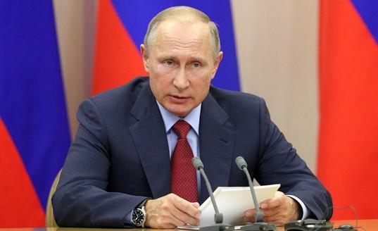 Путин подписал закон о блокировке номеров «телефонных террористов»