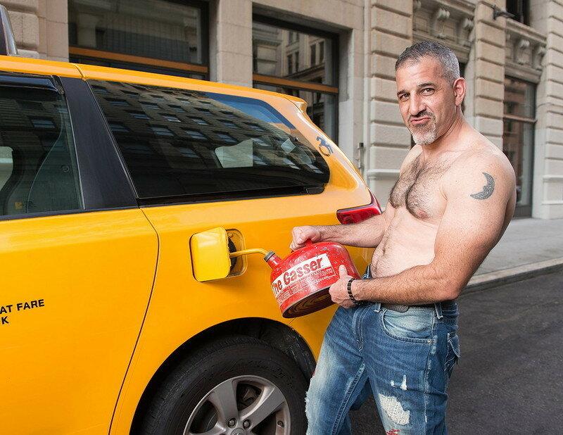 0 179c3c db68786b XL - Нью-Йоркские таксисты выпустили календарь со своими фотографиями